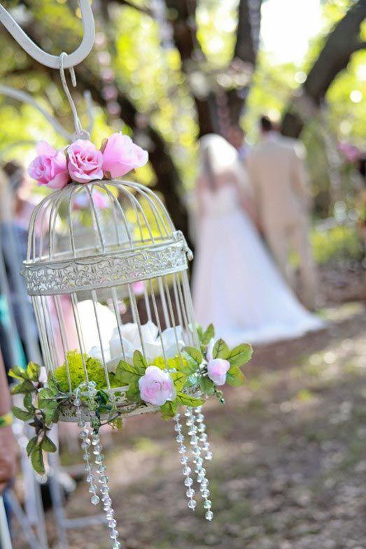 ELEGANT-WEDDING-MAGAZINE-BLOG-PHOTO-BRIDAL-INSPIRATION-IDEAS-AISLE-DEOR-FLORAL-FLOWERS-CAGE