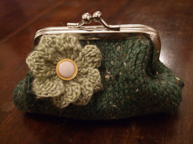 Ravelry: Sophie\'s Purse pattern by Natalie Thouret Brock (FREE ...