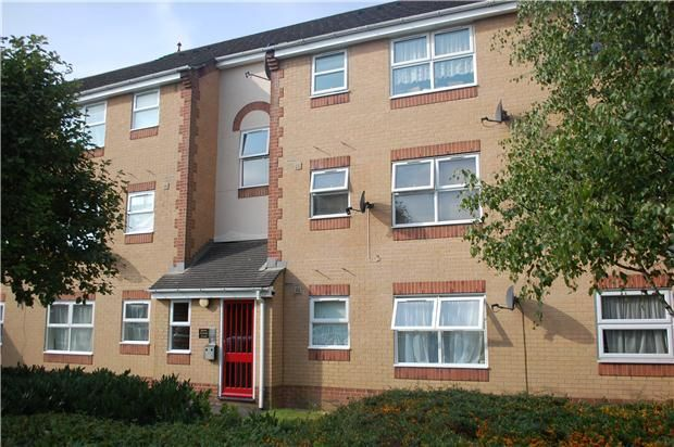 Find Property To Rent In Burns Avenue, Chadwell Heath, Romford With The  UKu0027s Leading Online Property Market Resource. See Houses And Flats To Let  In Burns ...