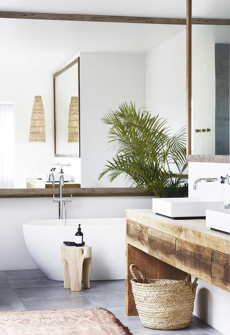 Photo of Relaxed all-white Byron Bay home with upcycled details