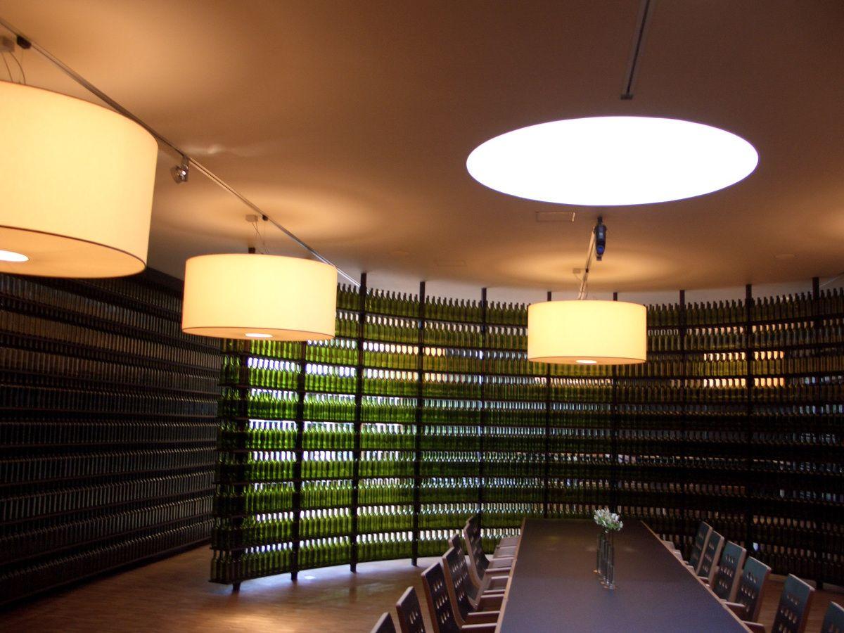 Im Weingut Neumeister Dekorative Lampen Traditionelles Design Weingut