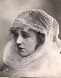 Resultado de imagen de vintage 1900 damas