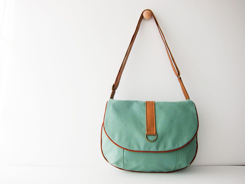 Medium Everyday Handbag Seafoam Green