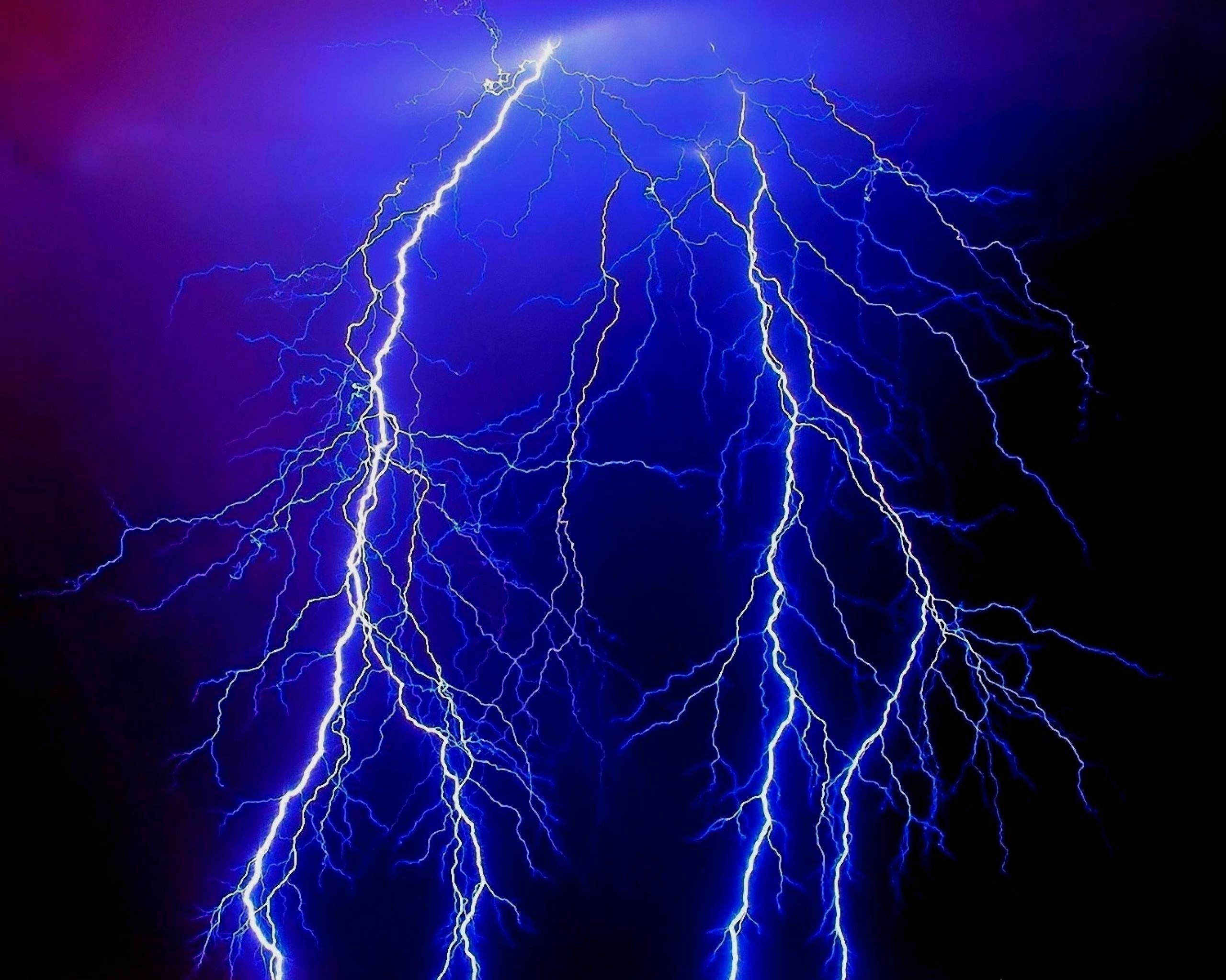 Thunder And Lightning Wallpaper 70 Images Thunder And Lightning Blue Lightning Best Background Images