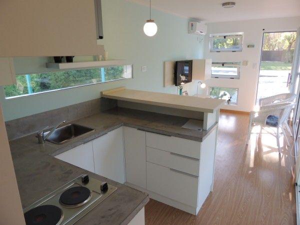 Casa de containers cocina y living cocinas peque as for Cocinas para apartamentos pequenos