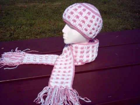 Ravelry: Waffle Stitch Hat and Scarf Set pattern by Marvie