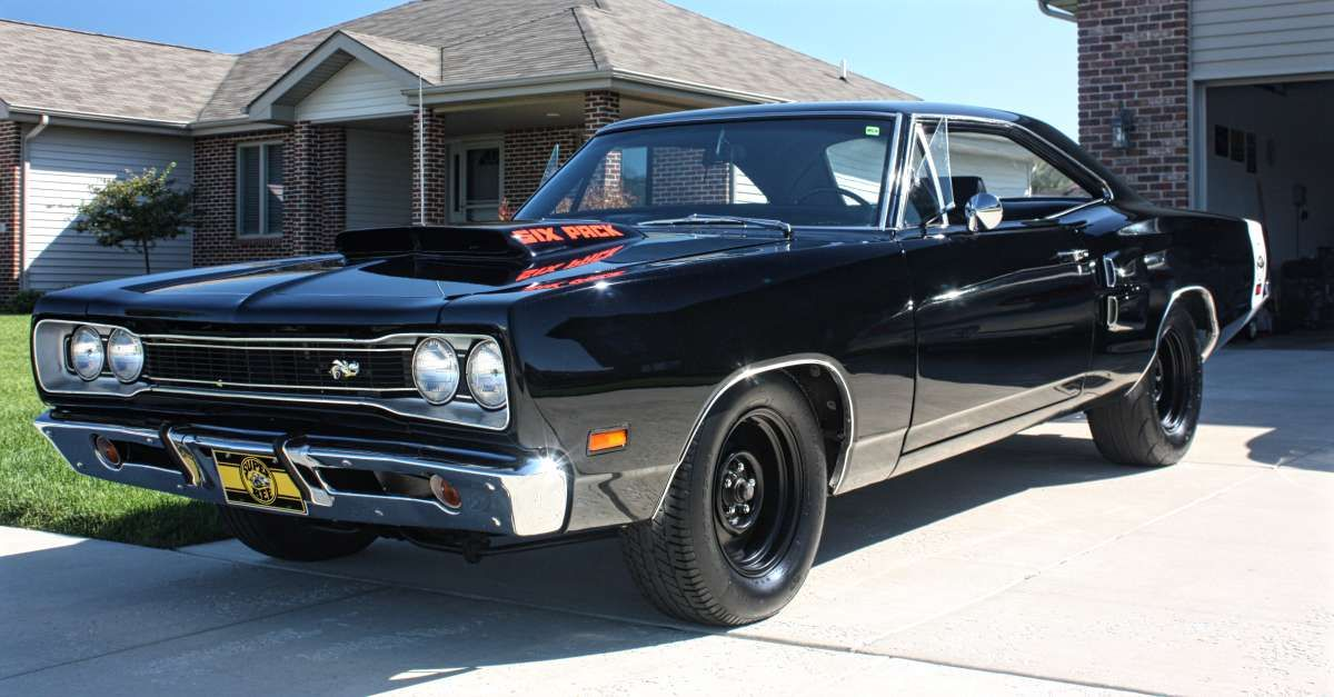 25 Fastest Muscle Cars Of The 60s And 70s With Images Mopar