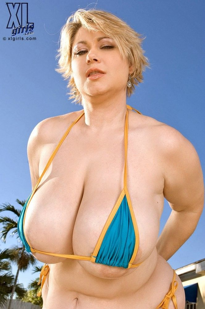 anderson milf women Pure mature tube - offering you a variety of streaming porn movies and flash sex videos daily.