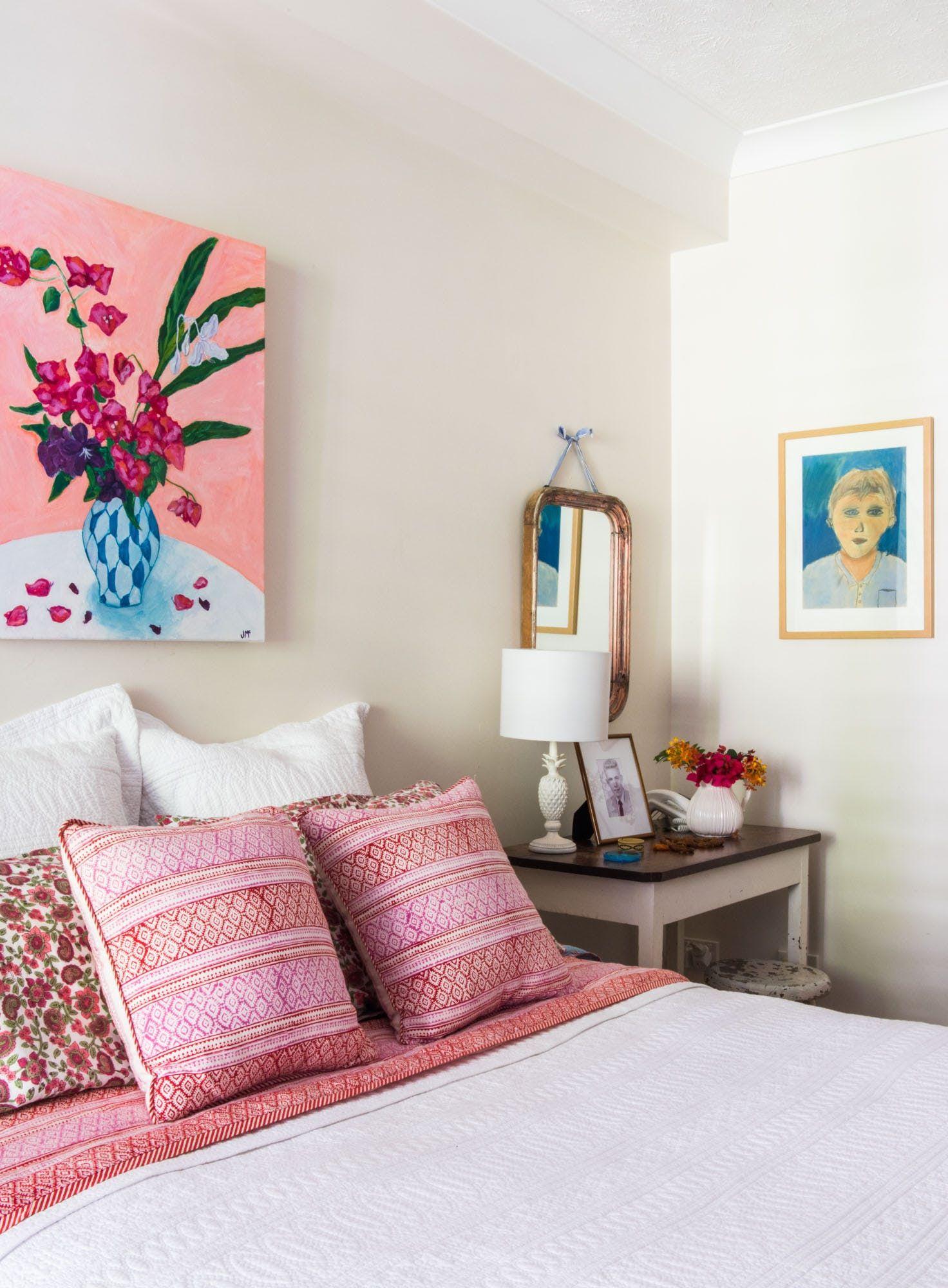 Tour the blue u pink home of australian artist jenny mccown home