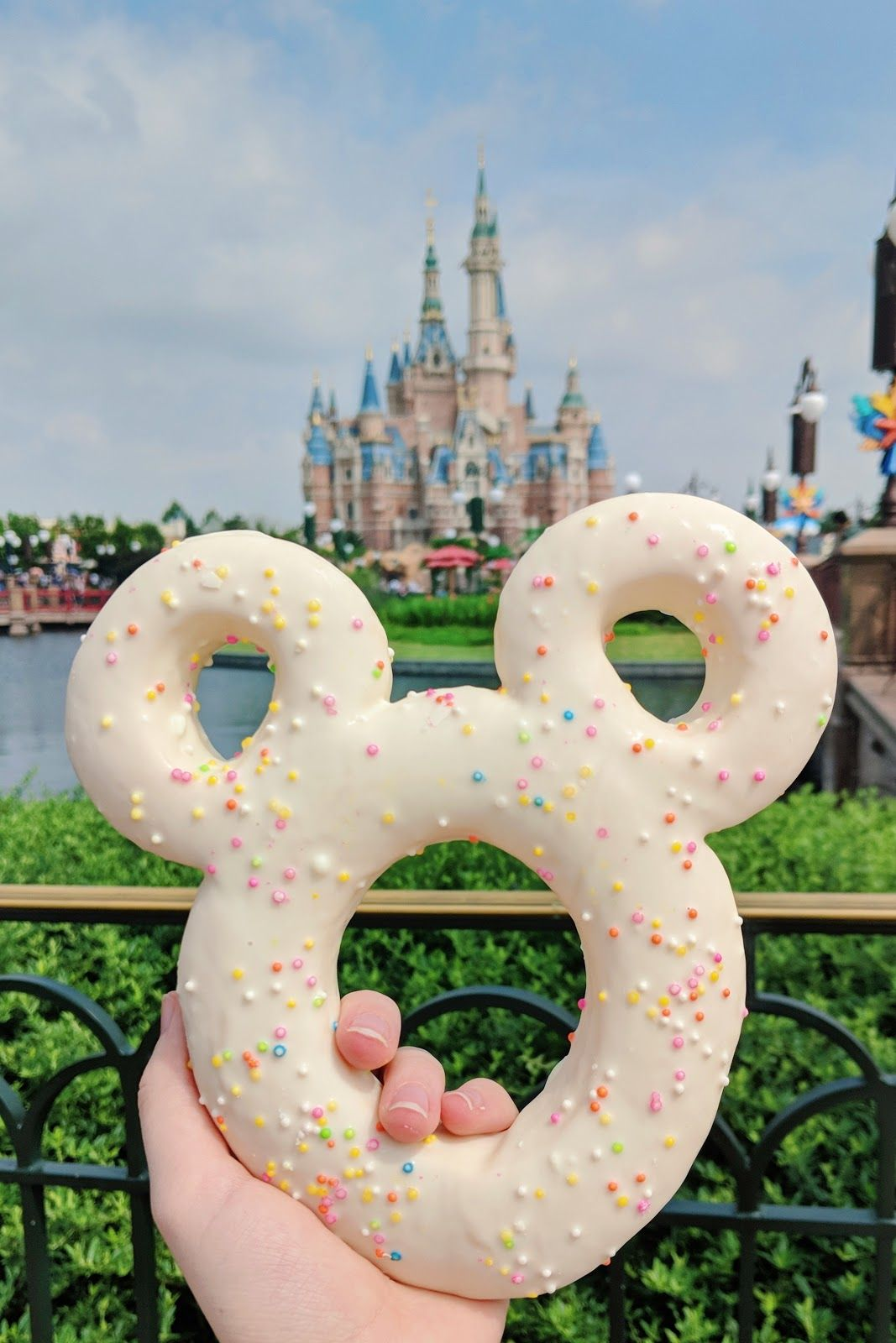 Mickey Donut #disneylandfood