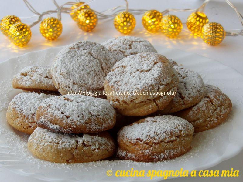 Dolci Di Natale Spagnoli.Mantecados Dolcetti Spagnoli Alle Mandorle Ricetta