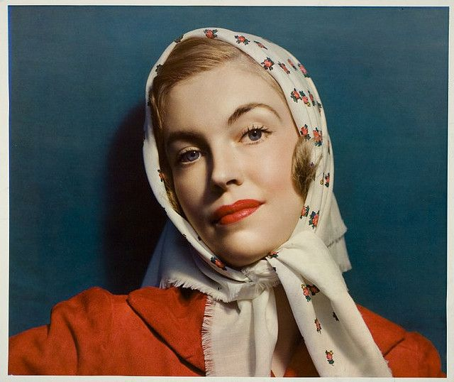 I Love The Color Combination Of Burnt Orange And Teal In This Old Mccalls Mag Cover Head Scarf Fashion Magazine Cover Women Wear