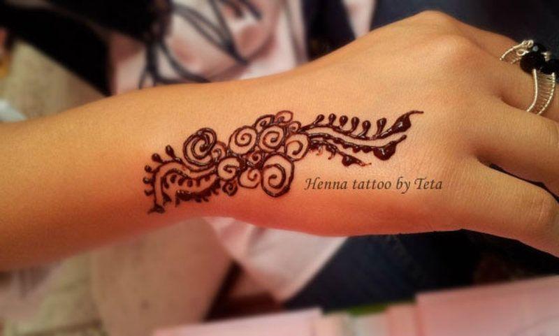 Small Henna Design On Hand Tattoo Tattoos Book Styles Henna