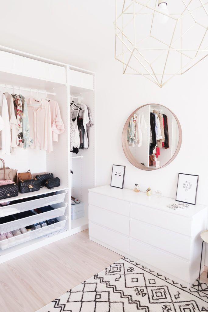 Ankleidezimmer, Wohnen, Beauty Raum, Ikea Schlafzimmer, Schlafzimmer Ideen,  Rosa Rotes Schlafzimmer, Schlafzimmerdesign, Schlafzimmermöbel,  Schlafzimmerdeko