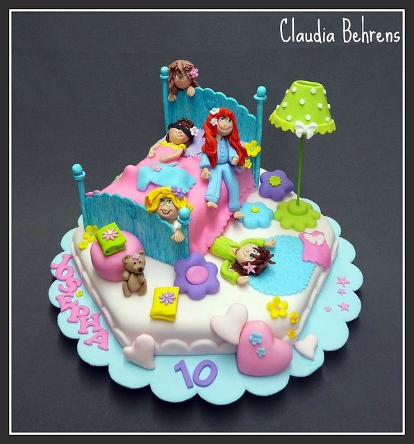 Swell Pijama Party Cake Claudia Behrens Party Cakes Funny Birthday Cards Online Inifodamsfinfo