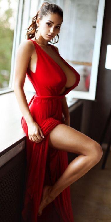 Lovely Red Krasnoe Plate Seksualnye Nogi Platya