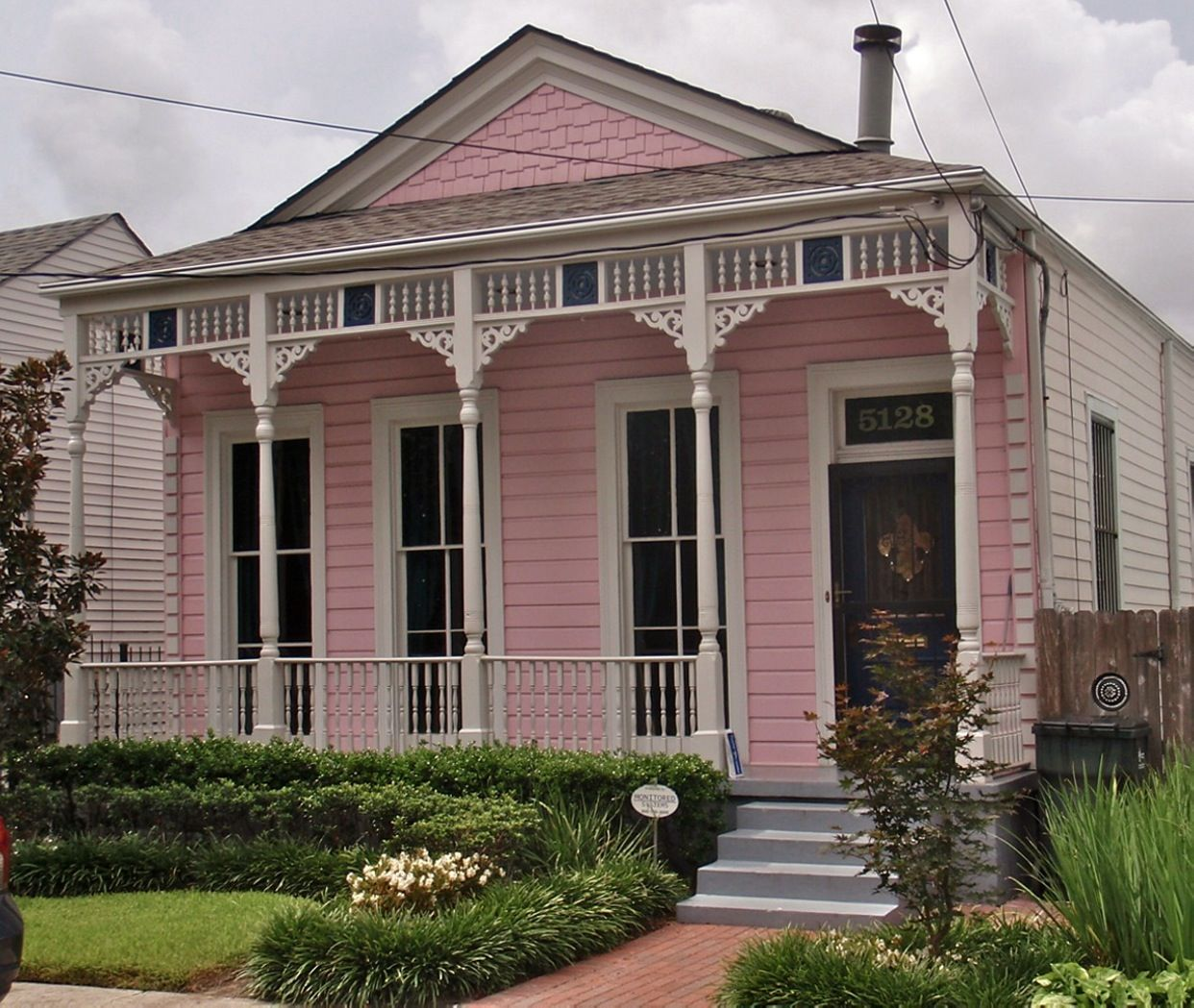New Orleans home. Pink houses, New orleans homes, House
