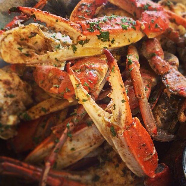 Garlic crabs at nana 39 s seafood and soul in charleston sc for Fish restaurant charleston sc