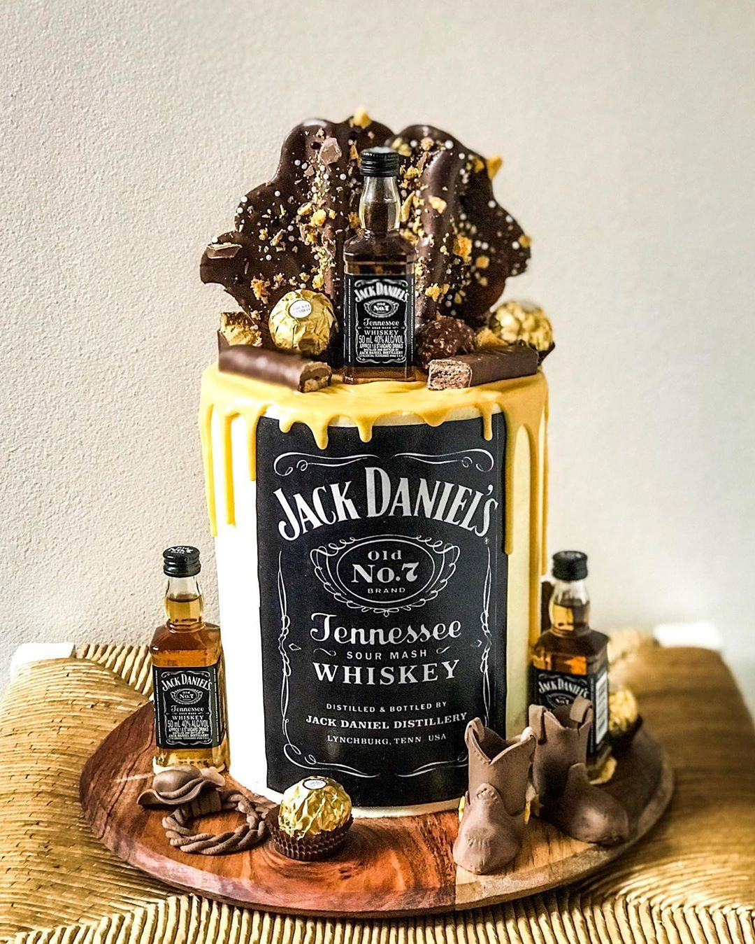 """Neef Nicht Porno sweetbelle cookies & cakes on instagram: """"""""..whisky in"""