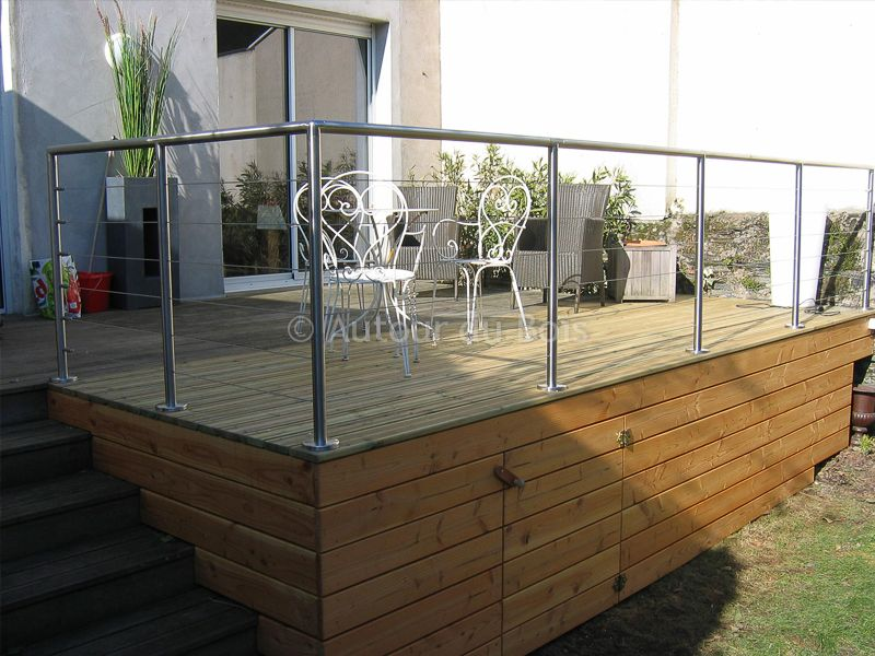 terrasse bois suspendue sur pilotis et balcons bois. Black Bedroom Furniture Sets. Home Design Ideas