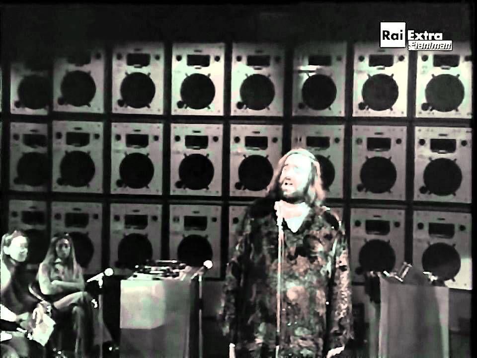 Quando L Amore Diventa Poesia Demis Roussos Demis Roussos Profeta Non Saro Tv Show 1977 Video Audio Resta Storia Canzoni Storia D Amore