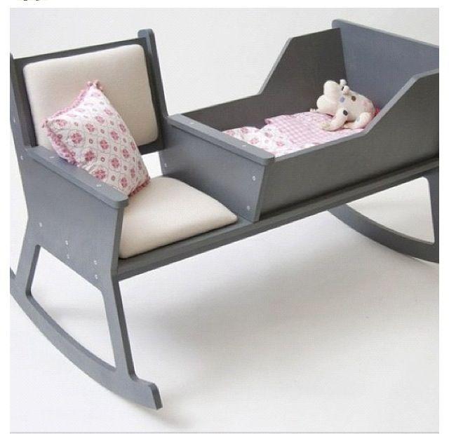 كرسي وسرير هزاز للام والبيبي مع بعض Rocking Chair Diy Rocking Chair Baby Cradle
