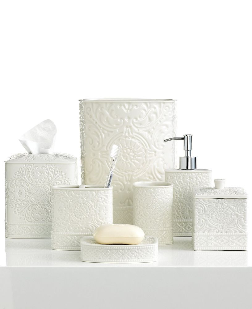Kassatex Damask white bath accessory set ON SALE! US $49.95 New with ...