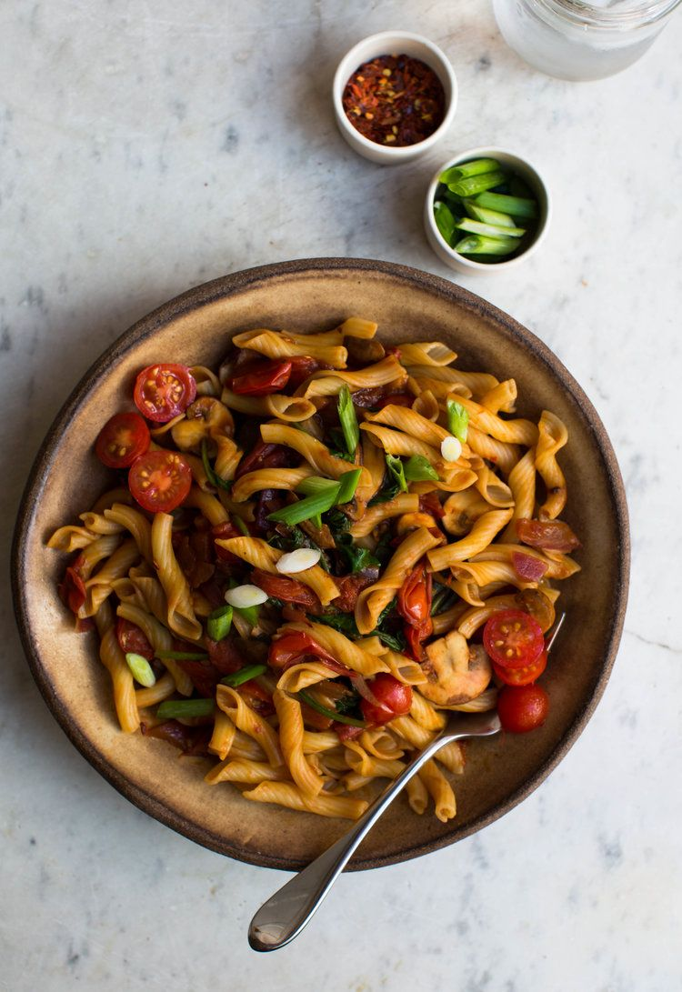 Asian Style Miso And Eggplant Pasta 8th And Lake Eggplant Pasta Pasta Vegetarian Pasta