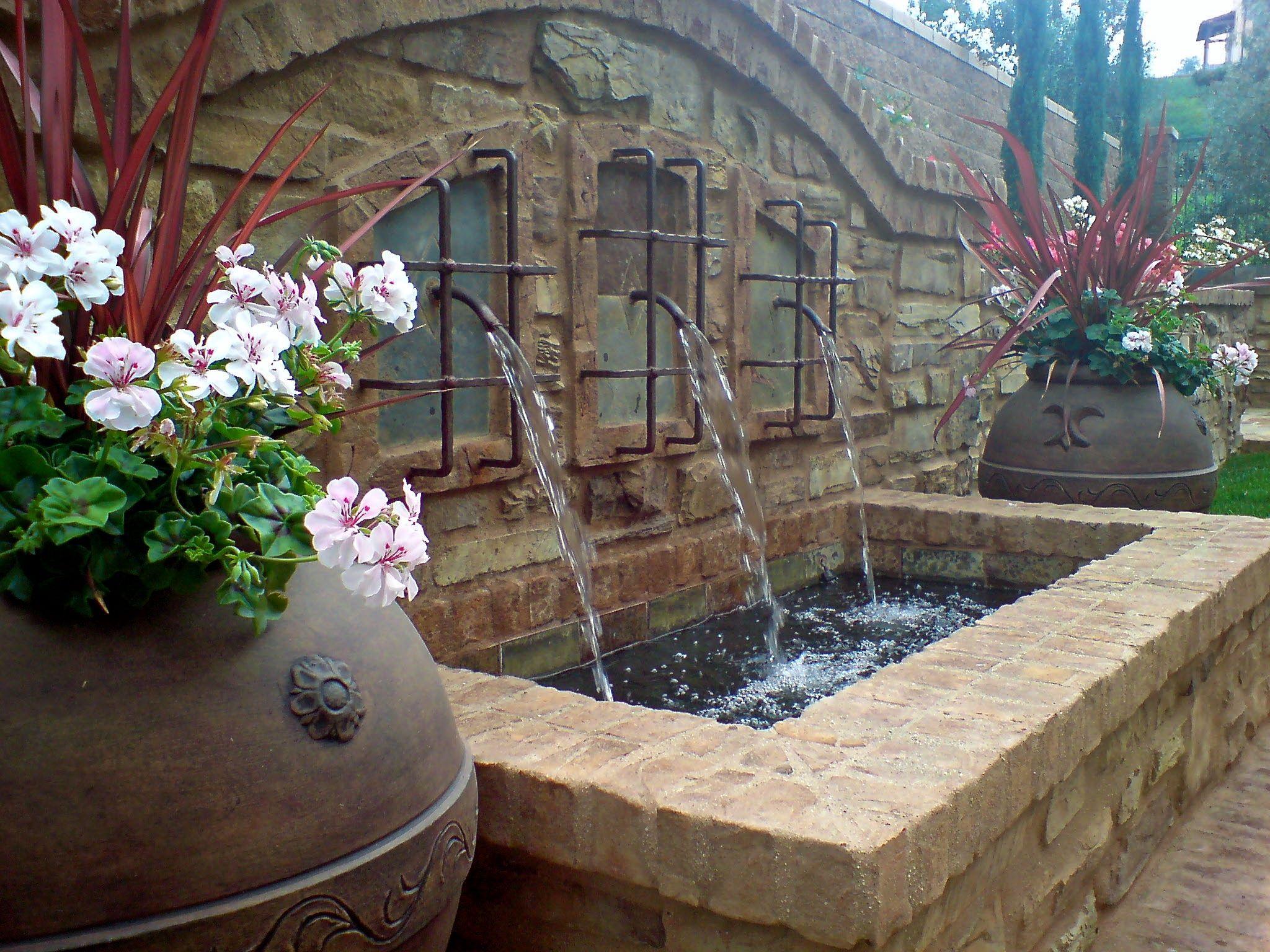 49b5c34f701de9 Water feature. Studio H Landscape Architecture. Los Angeles Orange County  Architect. garden ideas