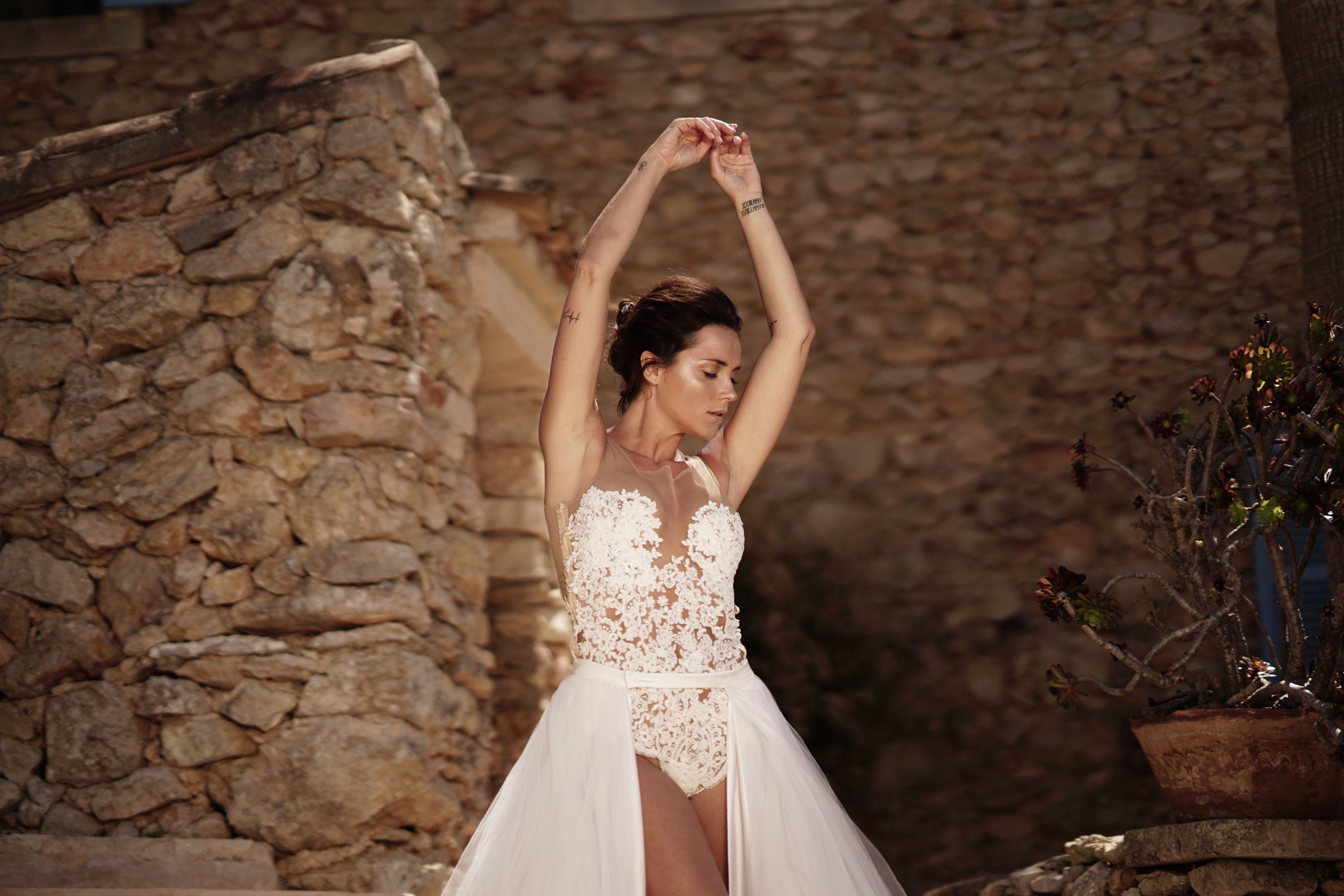 Wedding dress bodysuit  Design by EMANUEL HENDRIK MIX u MATCH    The mode is wearing