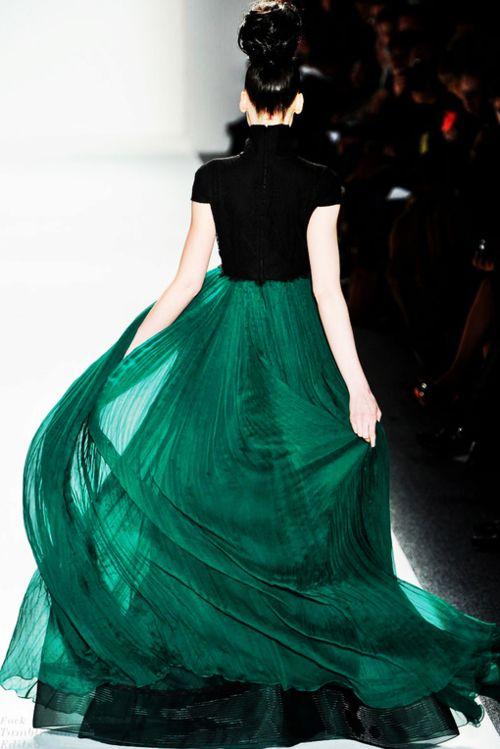 super billowy emerald skirt