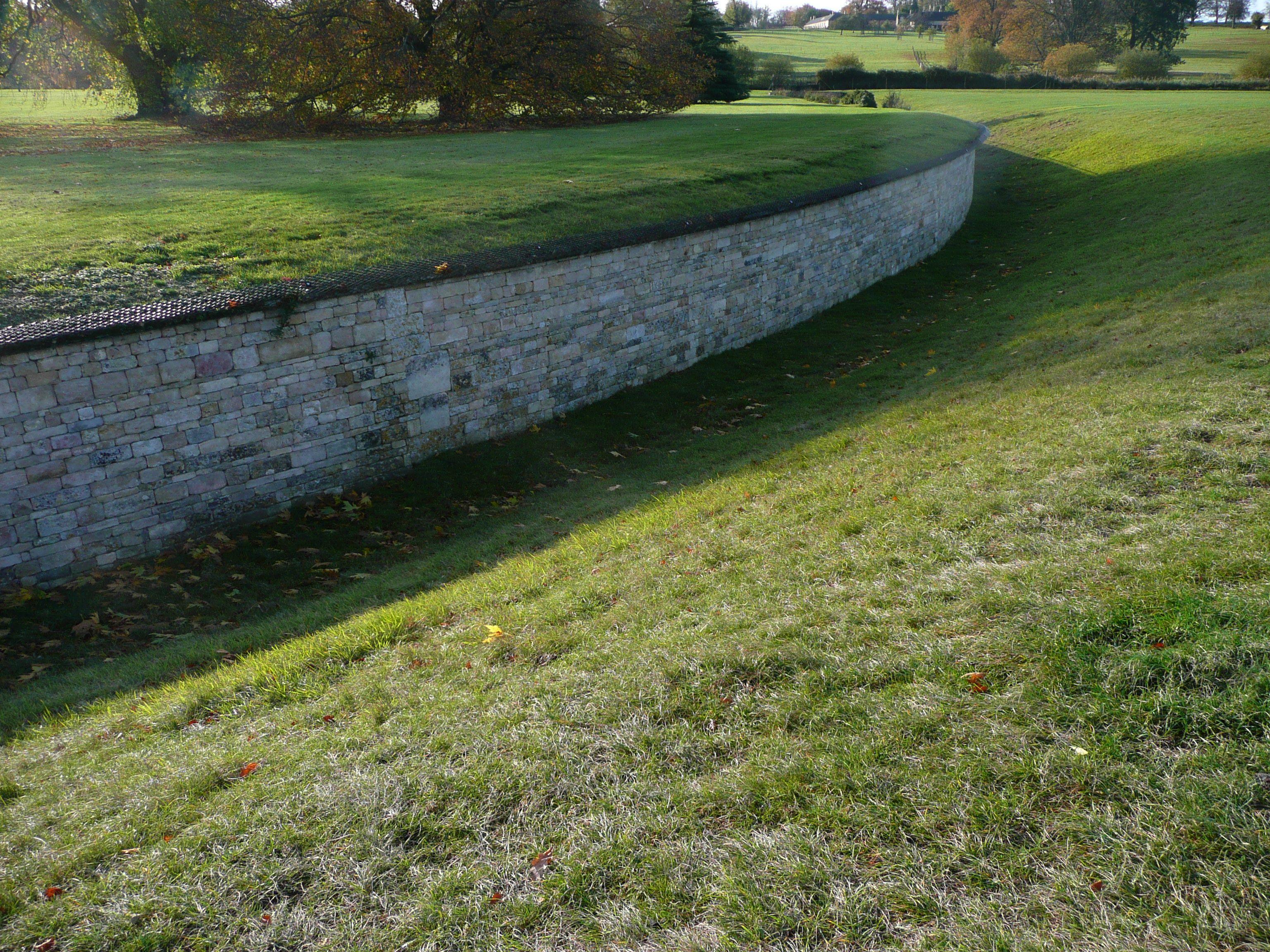 haha wall | Landscape/hardscape | Concrete backyard ...