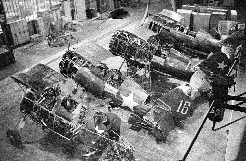 Repairing Crippled World War Two Aircraft During The
