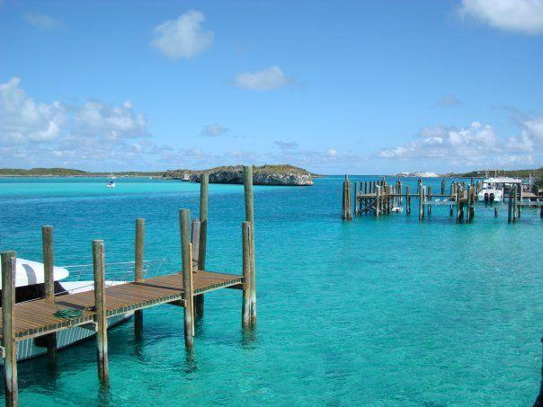 the beautiful clear water in Staniel Cay, Exuma, Bahamas