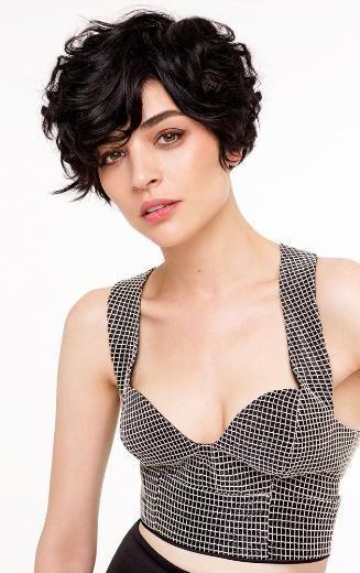 Kurzhaarfrisuren speziell für Frauen mit welligen Haaren ...