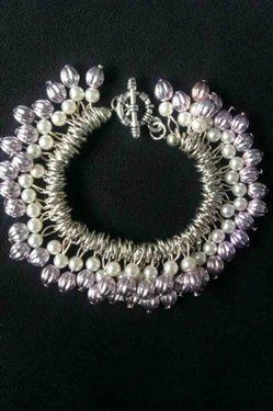 Elegant pearl and light purple bead necklace - Media - Beading Daily