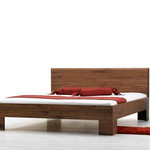 Letto legno massello Laura premium, con testata in legno lineare ...