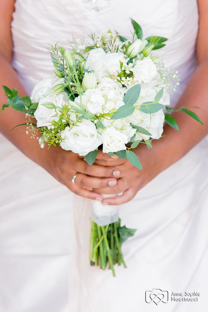 Tuscan Style Bouquet Photo by Anne Sophie - Samui Pics