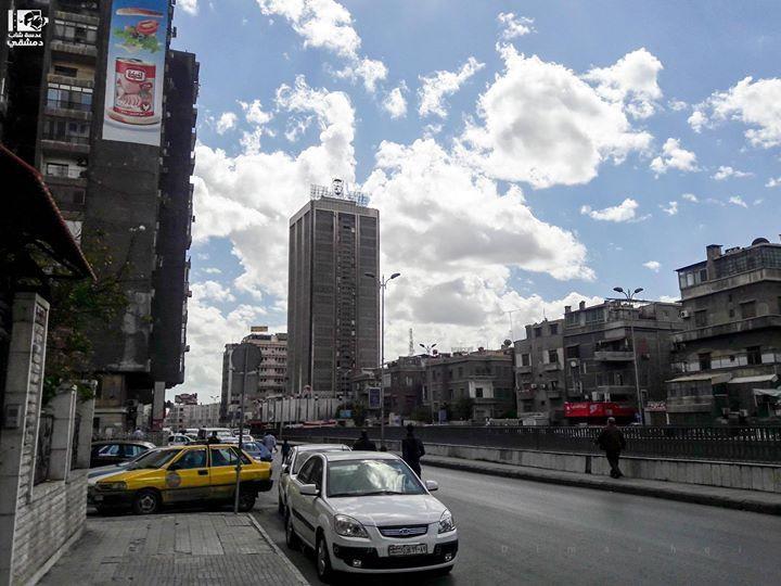 ايمتى آخر مرة كان طريقك من شارع الثورة يوميات مدينة محتلة شارع الثورة دمشق في 20 05 2017 Thawra St Damascus On 20 05 2017 Sy New York Skyline Skyline Photo