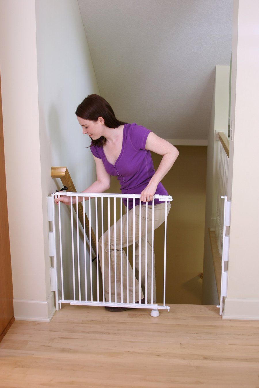 Statuette Of Good Child Safety Gates For Stairs Wall Mounted Baby Gate Baby Gates Stair Gate