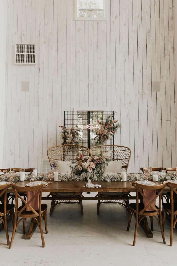 We're in Awe of This DIY Butterfly-Inspired White Sparrow Barn Wedding | Junebug Weddings