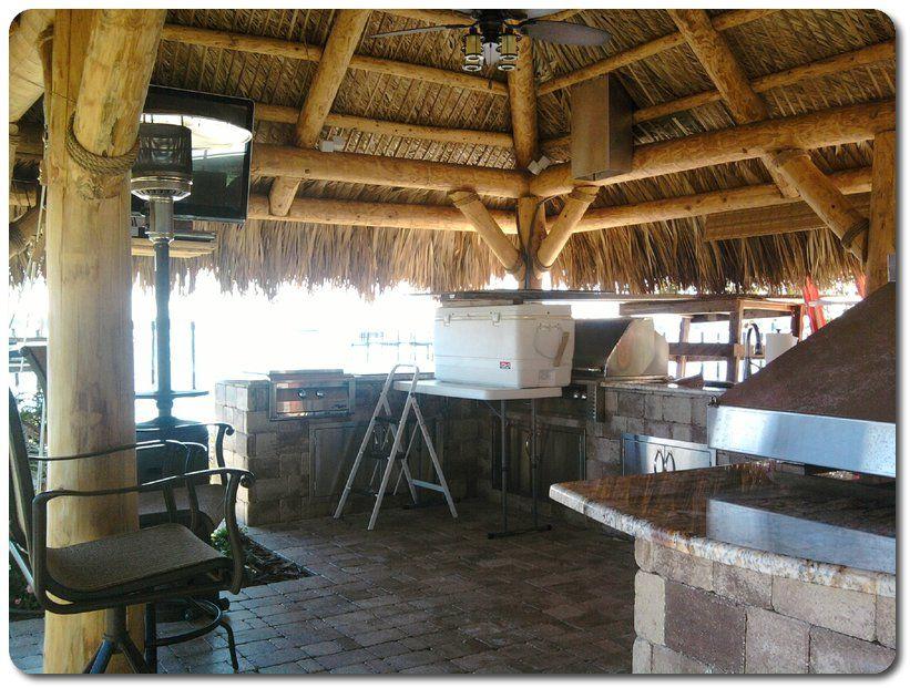 Custom Tiki Bar Construction Tampa Bay Area Florida Custom Tiki Bar Tiki Bar Tiki Hut