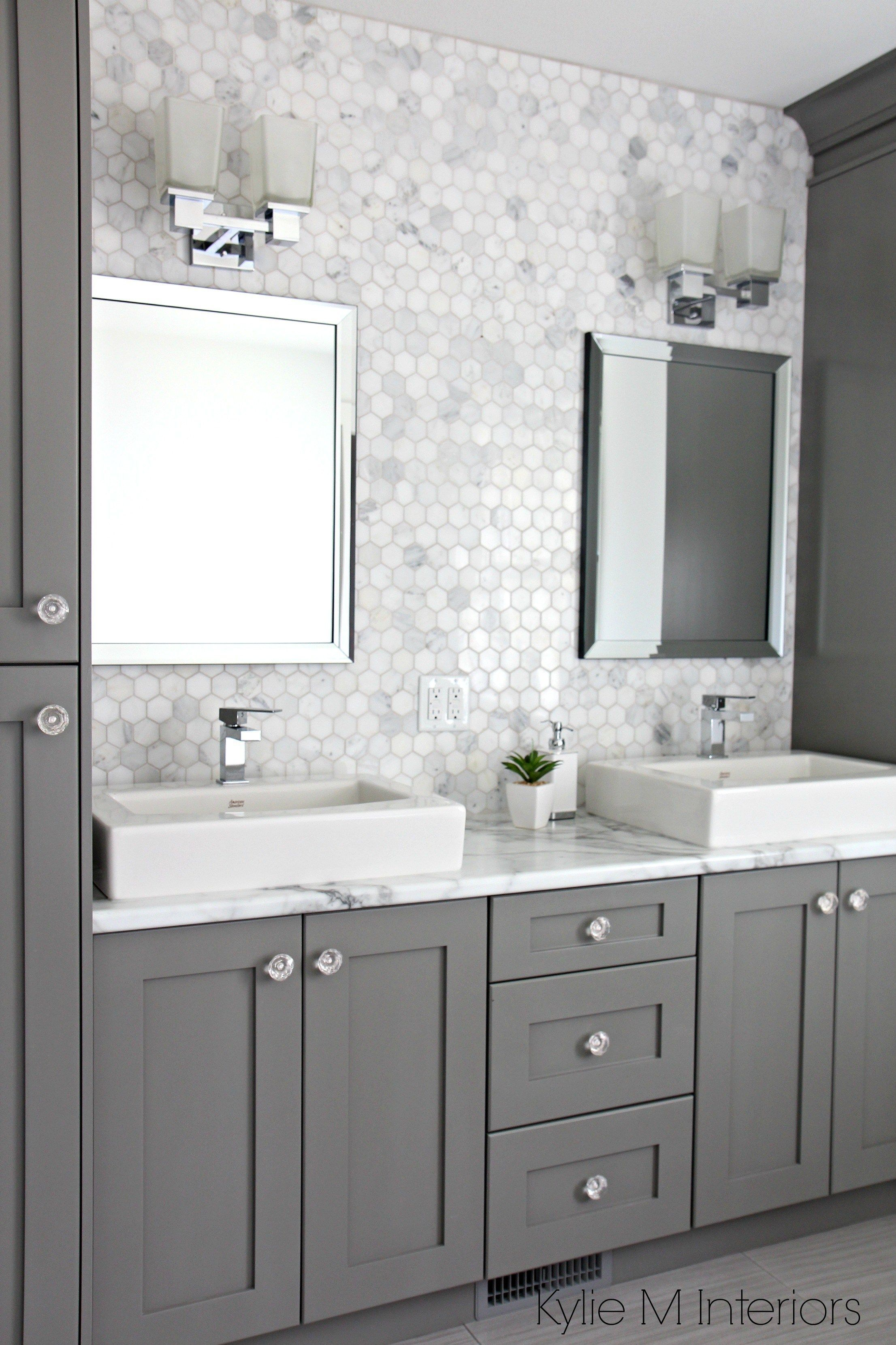Entire Wall Tiles Behind Sinks Marble Backsplash In Hexagon Shape With Vanity Cabinets Painted Chelsea Gray Double Sinks And Chrome Accents By Kylie M Interio Rekonstrukciya Vannoj Kosmeticheskij Remont Vannoj Komnaty
