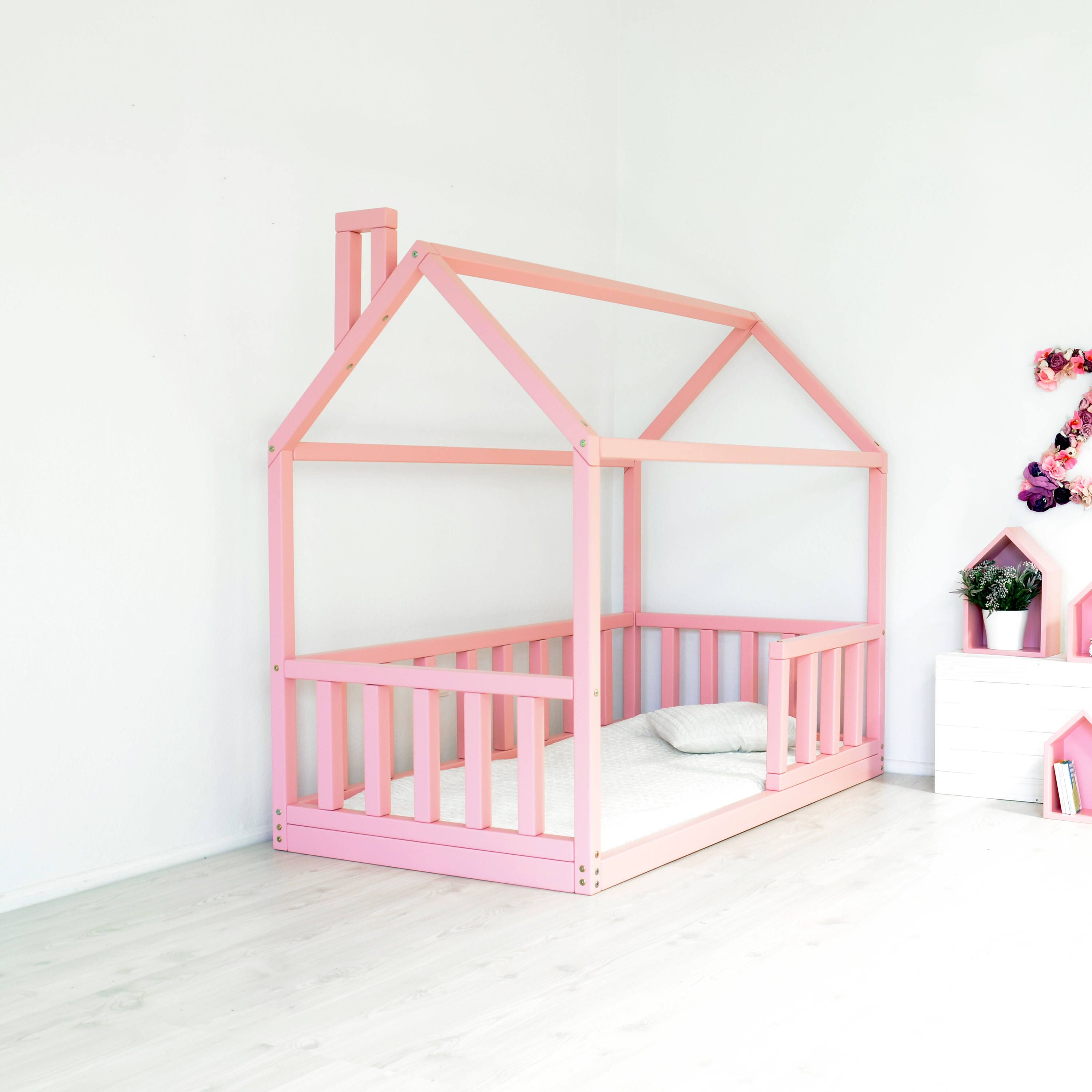 Full Size Bed Frame House Shape Montessori Toddler Bed Baby Bed
