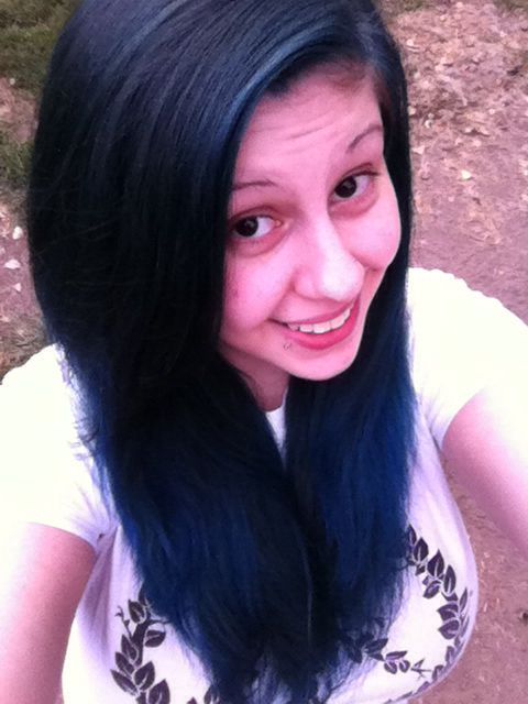 My Results After Using Manic Panic After Midnight Blue Hair Dye