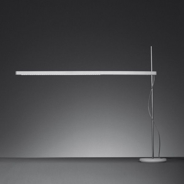 artemide lamparas talak led tavolo sobre mesa de artemide lmpara de diseo iluminacin por led