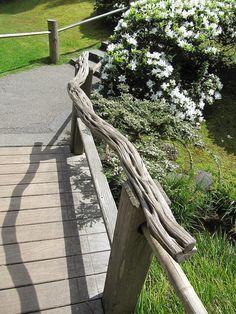 Best Branch Garden Hand Railing Google Search Sloped Garden 400 x 300