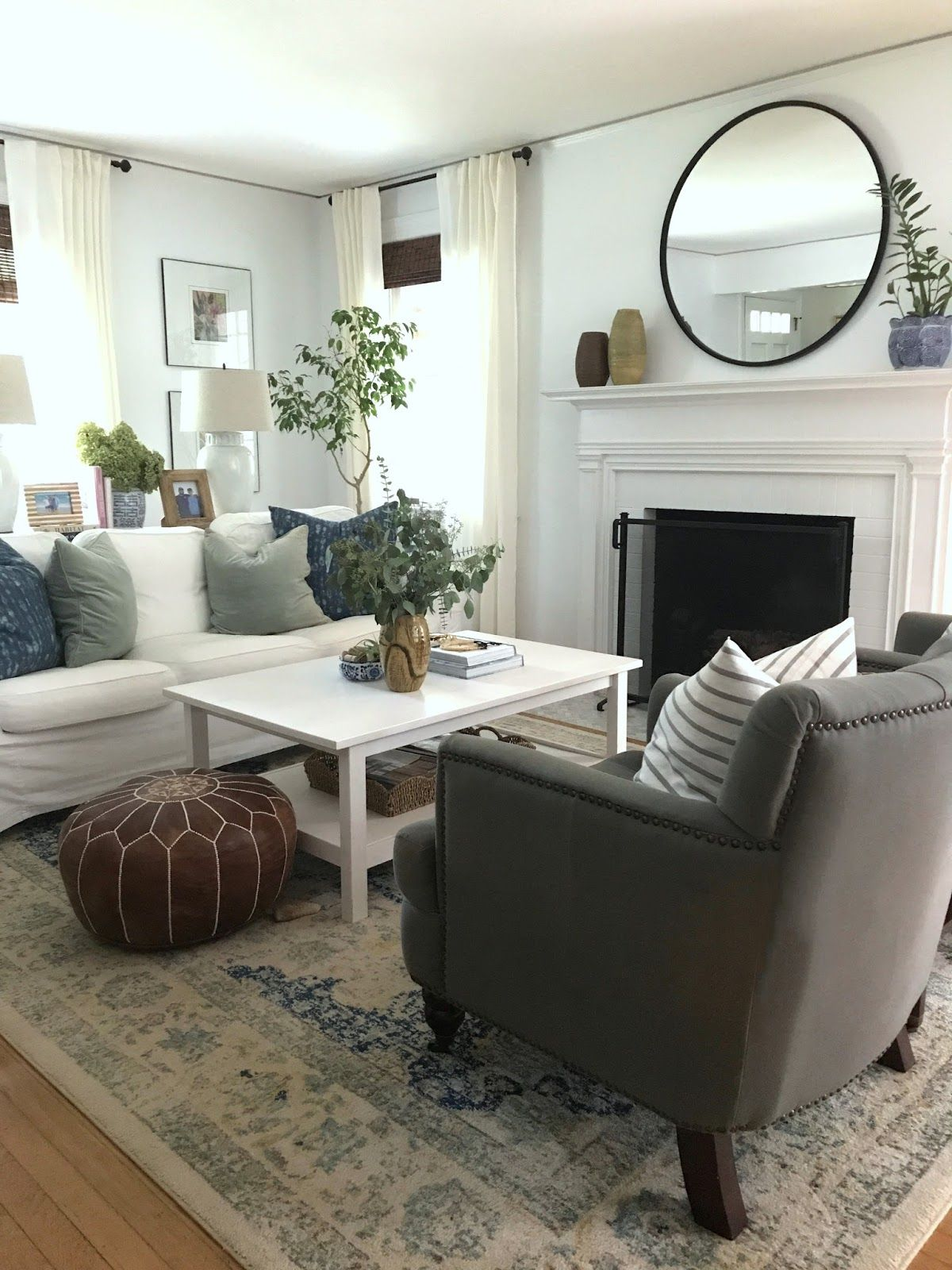 Random Thoughts Cottage And Vine Latest Living Room Designs Modern Living Room Interior Rooms Home Decor Rooms and random thoughts
