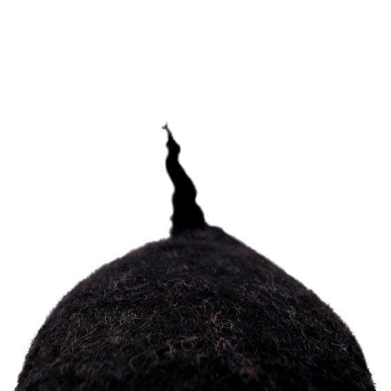 Hand vilten in een stuk, dit kleine Filzkin teken bestaat uit natuurlijke merinoswol geverfd met niet-toxisch kleuren. Hij is solide wol, geen vulling en geen steken geen naden. Licht-gewicht en wasbaar, hij is zacht, stevig en duurzaam. Mol meet ongeveer 14cm in lengte, 12cm breed en 16cm hoog. Hij komt met zijn eigen genummerd label en in de een Sebold draw-snarige katoen zak.  Mol is een coole dude met een lisp. Hij beweegt zich gemakkelijk tussen leven boven en onder de grond, het…