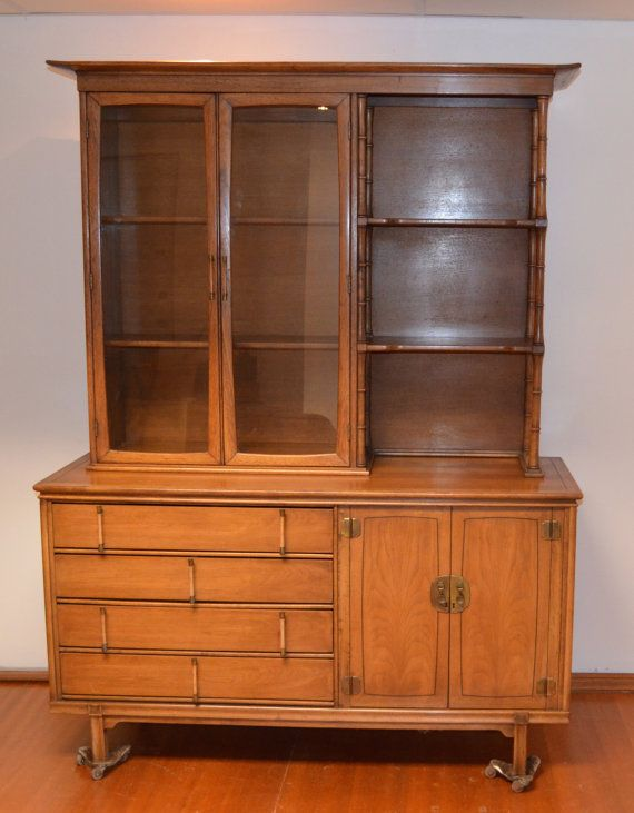 Rare Thomasville Tamerlane China Cabinet by StyleArchaeology ...
